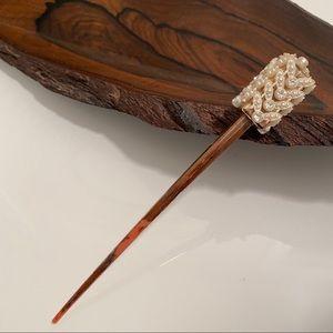 Vintage | Beautiful Pearl Chopstick Hair Pin